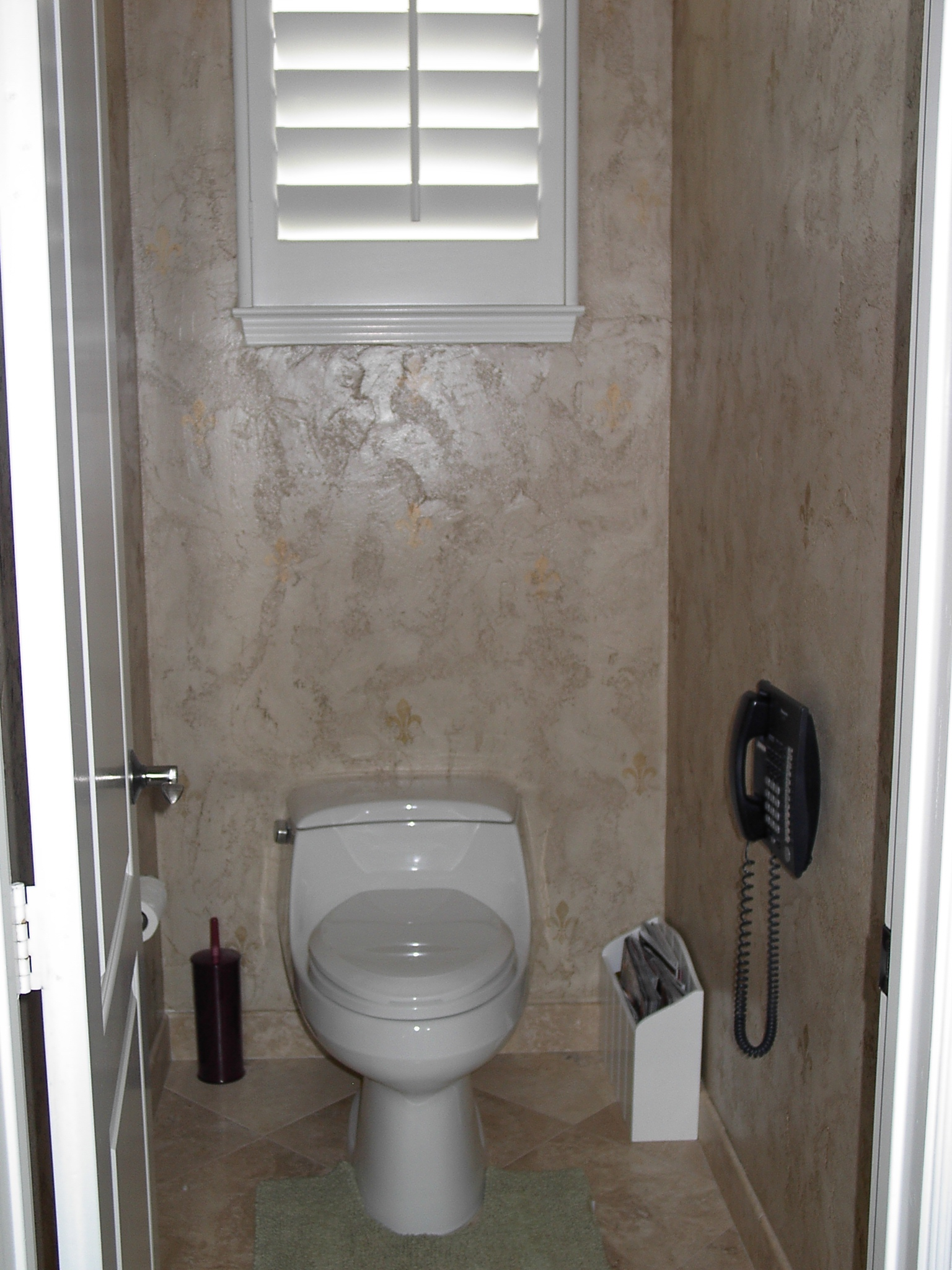 Faux real finishes textured walls for Venetian plaster bathroom ideas